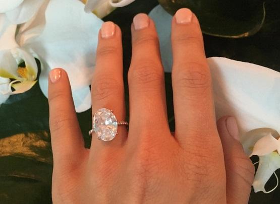 Julianne Houghs 7 Carat Oval Diamond Ring