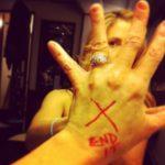 Mira Sorvino's Square Shaped Diamond Ring